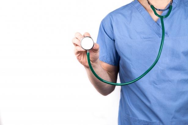 Traitement conservateur des cancers de prostate de faible risque